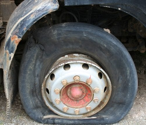 tsi_truck_tyre_safety_damage_and_wear